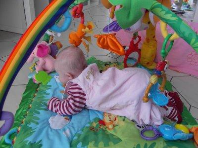 Kaylia dans son 3ème mois ...