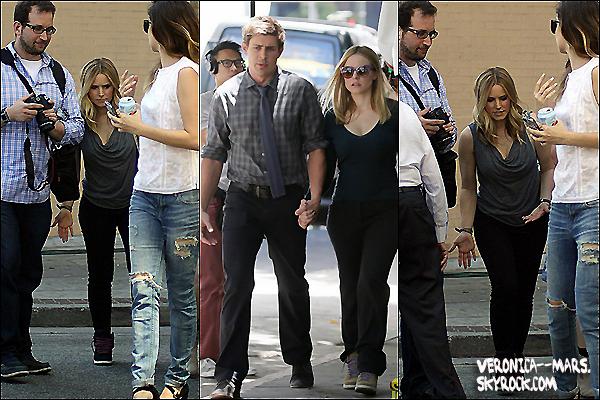 Les acteurs Kristen Bell, Krysten Ritter & Chris Lowel sur le tournage du film