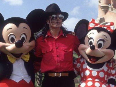 Michael à Disneyland Paris <3