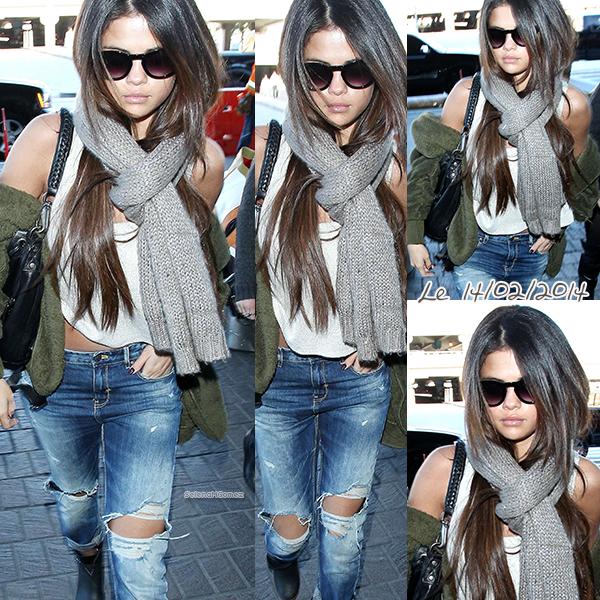 """Selena en mode """"je ne souris jamais plus"""""""