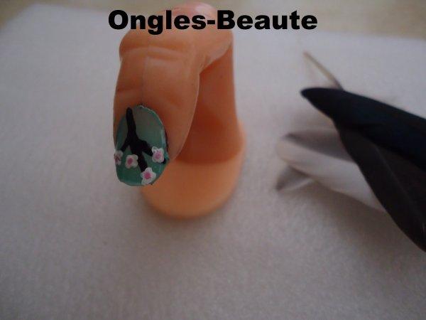 Ongles '' Arbre de Chine '' inspirait par une création de: Laury-s-nail
