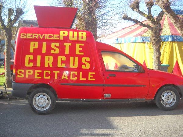 les service de publicite du cirque