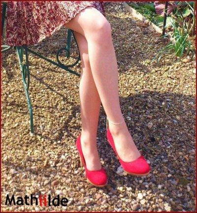 Demi Finale / Match 1 : Qui vous préférez entre Mathilde (en haut) et XDP (en bas) ? A vous de voter ;)... Besoin de 100 votes, laissez les en commentaires. GAGNANTE : XDP.