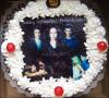 - Pourquoi ce forcer à choisir parmit les true blood, vampire diaries & Twilight quand on peut mettre les 3? -