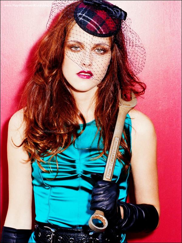 """Kristen posant pour """"Interview"""" en 2007. _____Que dire mis à part que je n'aime pas du tout !"""