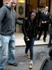 02.03.12 : Kristen Stewart quittait son hôtel pour ce rendre au show room de Stella McCartney à Paris. (Oui oui!!!)