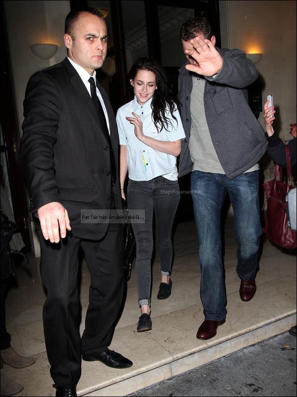 Kristen Stewart datant Robert Pattinson 2011
