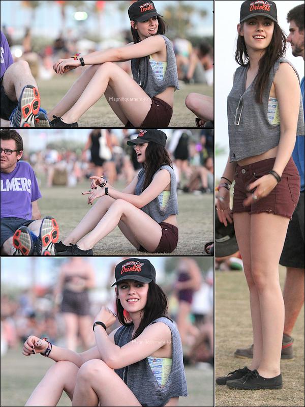 """Candid    21.04.12 : Kristen Stewart était comme prévue au festival de musique Coachella en Californie. Je dis """"inutile"""" car ne voyant pas la tronche de Stew. Le candid en lui-même du coup sert à que dal. (+) FLOP total."""