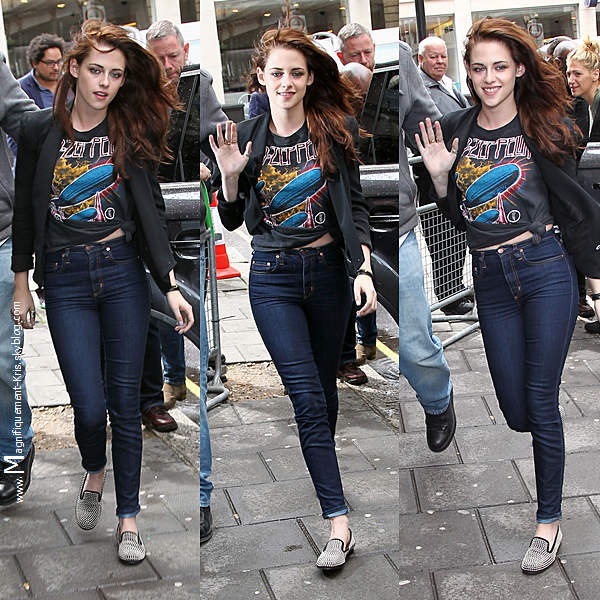 """Evenement + Candid.  Mardi 15 mai : Kristen Stewart quittant le studio de BBC Radio 1 à Londres. Toujours pour la promo de Blanche N. Lundi 14 mai : Miss Stewart et son boy- friend Robert Pattinson quittait une boîte """"Quo Vadios"""" à Londres. Yeeah."""