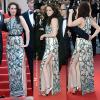 Montée des marches pour la jolie miss.  Mercredi 23 mai : Suite au photocall de ce matin. Stew et ses coupains d'OTR ont montés les marches de Cannes.