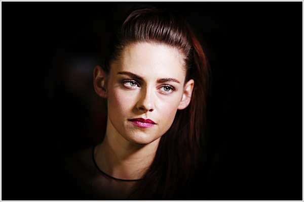 """""""Vous n'arrêtez pas de me mépriser, mais vous ne me connaissez même pas."""" - KStew."""
