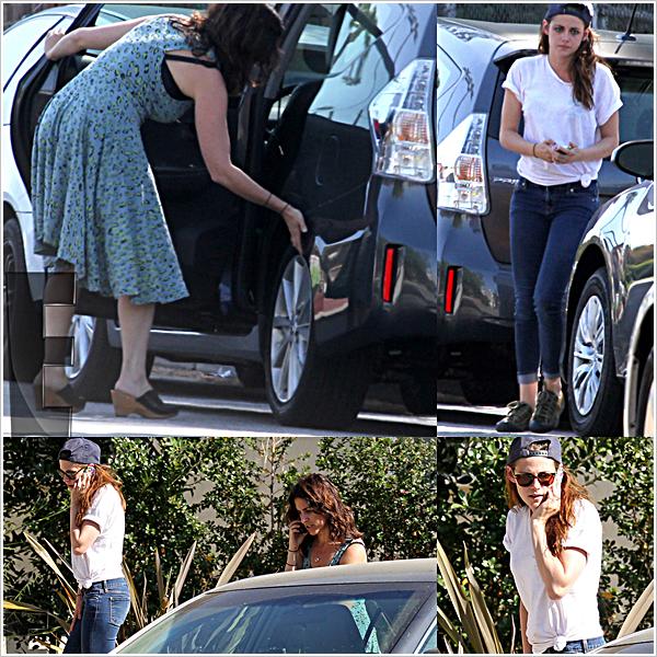Candid |Kristen Stewart a eu un petit accident de voiture lors de sa sortie dans LA.  03'05'2013