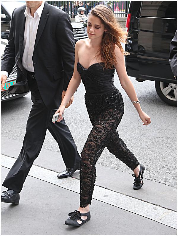 Evènement | PARIS | Fashion Week | 04-07-2013   Kristen s'est rendue se matin au défilé Zuhair Murad fashion show pour  la F.W.