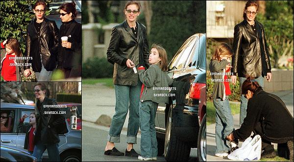 1995 - Avec sa mère et sa tante, dans LA.