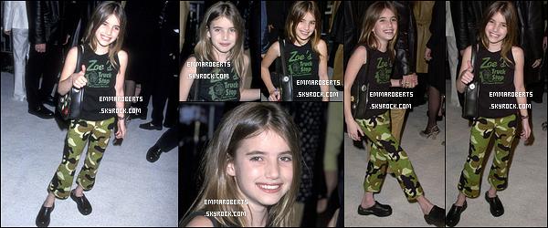 17/07/2001 : Emma et Julia Roberts se sont rendues ensemble à la première du film « America Sweethearts ».
