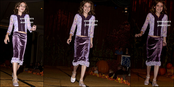 13/10/2002 : Notre Emma, plus adorable que jamais, s'est rendue au Lullabies and Luxuries - Fashion Show.