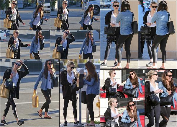 31/01/17 : Emma et Lea Michele se sont rendues au Sugarfish pour ensuite faire du shopping, à Beverly Hills. Tenue de sport pour les deux amies. Cependant, ça fait plaisir de les voir ensemble. J'adore leur amitié ! Et vous, qu'en pensez-vous ?[/font=Arial]