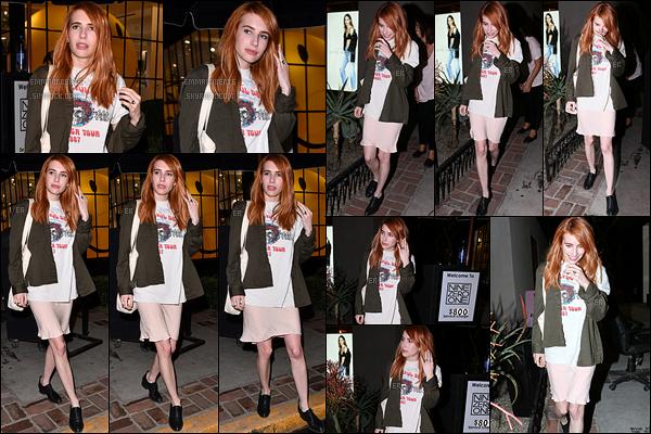 02/02/17 : Emma a été photographiée quittant le salon de coiffure Nine Zero One, dans West Hollywood. Après 7 heures d'attente dans ce salon, Emma en ressort avec une très jolie coloration rousse qui la va à ravir. Et vous, vous aimez ?[/font=Arial]