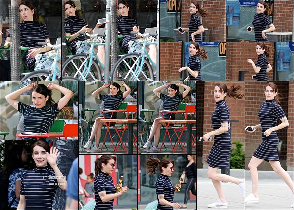 14/06/17 : C'est sans surprise qu'Emma a été aperçue sur le tournage de son film, Little Italy, dans - Toronto. Le tournage continue de plus belle, pour notre plus grand plaisir. Elle a l'air de s'éclater ce qui donne encore plus envie de voir ce film.[/font=Arial]