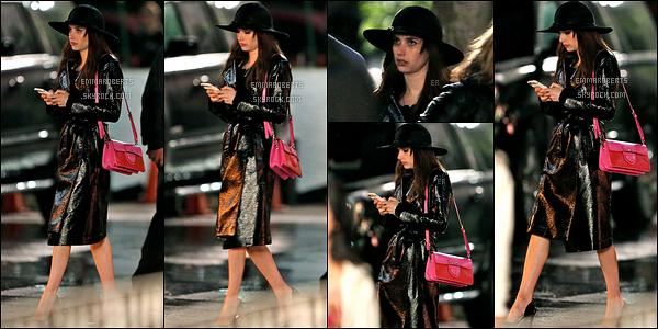 01/06/17 : Miss Emma a été aperçue sur le tournage de son prochain film, Little Italy, qui se déroule à Toronto. C'est dans une tenue toute simple que l'actrice a été repérée. Je ne sais pas vous, mais toutes ces news me donnent envie de voir le film ![/font=Arial]
