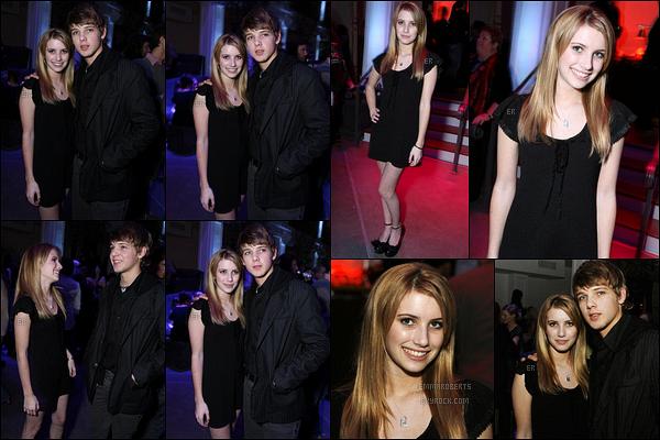20/02/2007 : Emma Roberts s'est rendue à l'avant-première du film The Astronaut Farmer, dans Los Angeles.