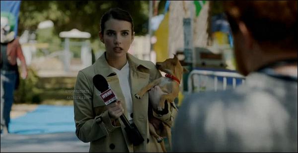 • Découvrez le premier still de notre Emma dans - American Horror Story : Cult. Pour rappel, Emma interprétera Serina Belinda mais seulement dans un épisode. En effet, son emploi du temps ne lui permettait pas plus de scènes.