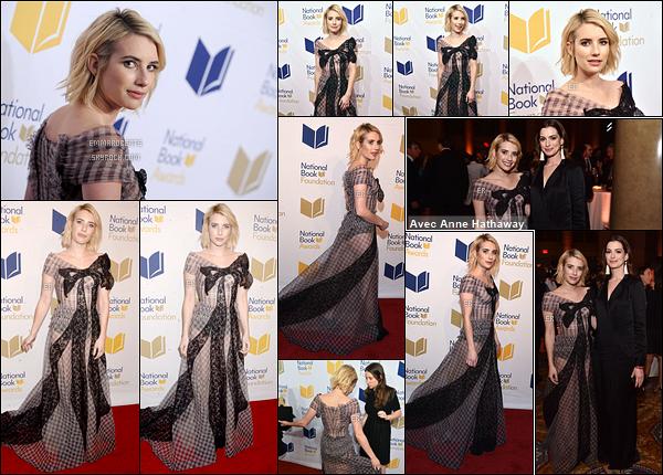 15/11/17 : La miss Roberts a posé sur le red-carpet du 68th National Book Awards qui a eu lieu à New York. Pour cet événement, Emma a retiré ses extensions afin de dévoiler sa jolie coupe courte. Pour la robe, je ne suis pas fan et vous ?[/font=Arial]