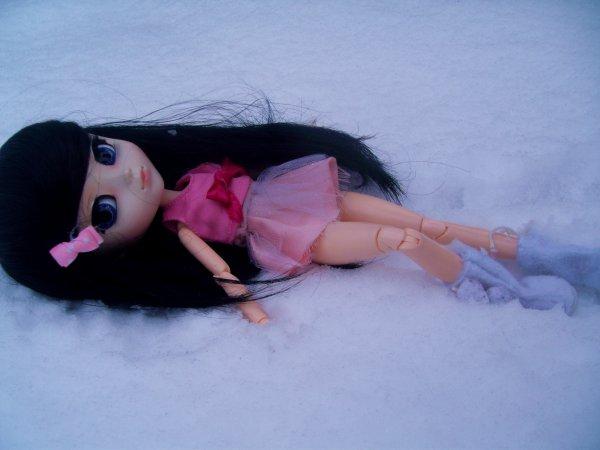 Thaïs dans la neige.