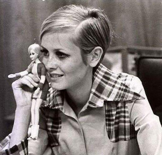 """Poupée  mannequin BARBIE  """" TWIGGY"""" des années 60  par Mattel :D"""