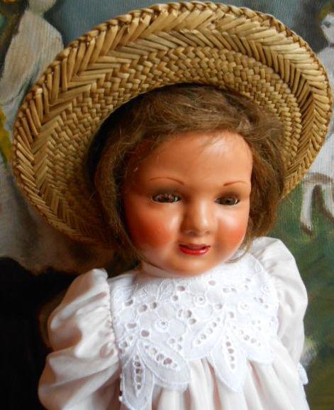 Ancienne poupée espagnole PITUSA  grande soeur de CAYETANA . .