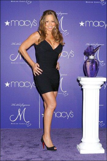 Mariah Carey a reçu les sevrices sociaux chez elle!!