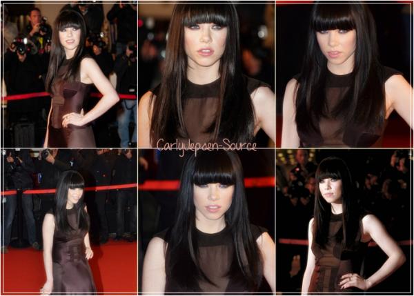 Découvrez le photoshoot de Carly pour la campagne Candie's Spring 2013.  25/01/2013 : Carly a été aperçu à l'aéroport de Nice, en France.  26/01/2013 : Carly Rae Jepsen était présente aux NRJ Music Awards 2013 à Cannes, où elle a remporté 1 prix et où elle a performée.