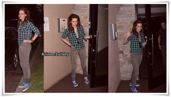 16 Novembre 2008 : Kristen, Nikki & Michael rentraient chez eux à L.A