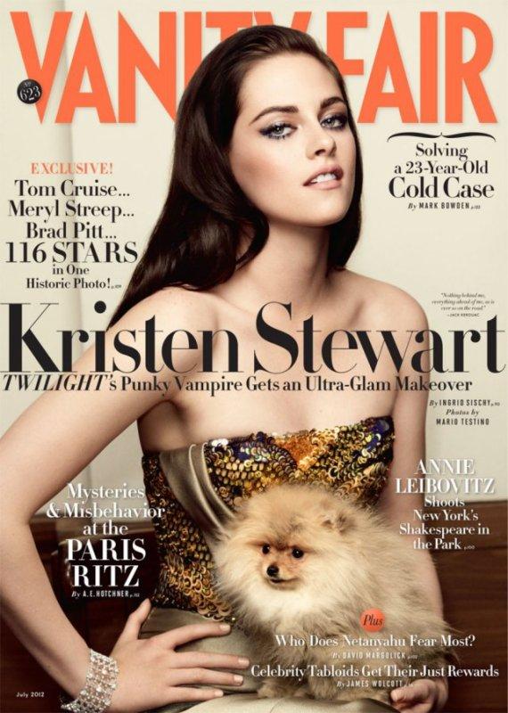 Kristen en couverture de Vanity Fair (Juillet 2012). - Photos par Mario Testino.
