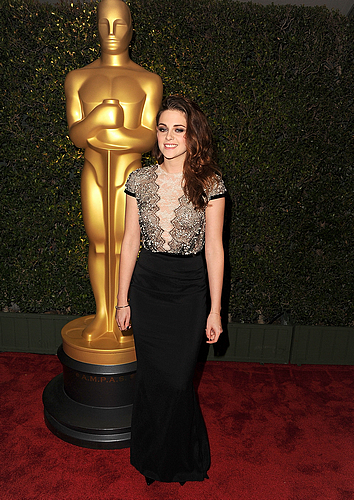 "Samedi 1er Décembre 2012 : Kristen à ""The Governors Awards"" :"