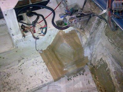 Modification du compartiment avant pour l'emplacement de la roue de secours