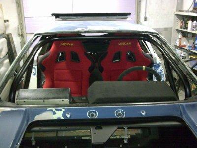 Modification du tableau de bort et positionnement des sièges