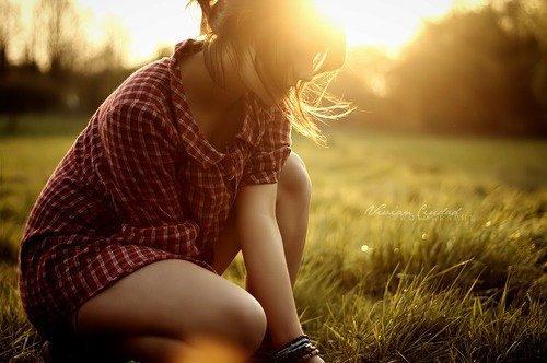 Parfois je me dis que tu regrette, que tu m'aimes et que tu veux finalement faire ta vie avec moi. Et puis en y repensant, je suis débile. Tu ne m'as jamais aimé et ça n'arrivera pas.