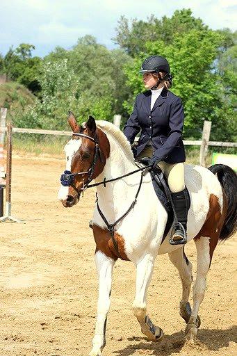 L`Equitation .. N`Est Pas Qu`Une Passion .. Cei Aussi Toute Une Vie ; Nous Somme Un En Etant Deux .. Nous Somme Unie L`Un A L`Autre .. Nous Comprenons Nos Sentiment L`Un En Vers L`Autre .. Nous Nous Protegons L`Un L`Autre .. Cei Bien Pous Sa Que Cei Le Plus Jolie Sport Au Monde .. :D ♥`*