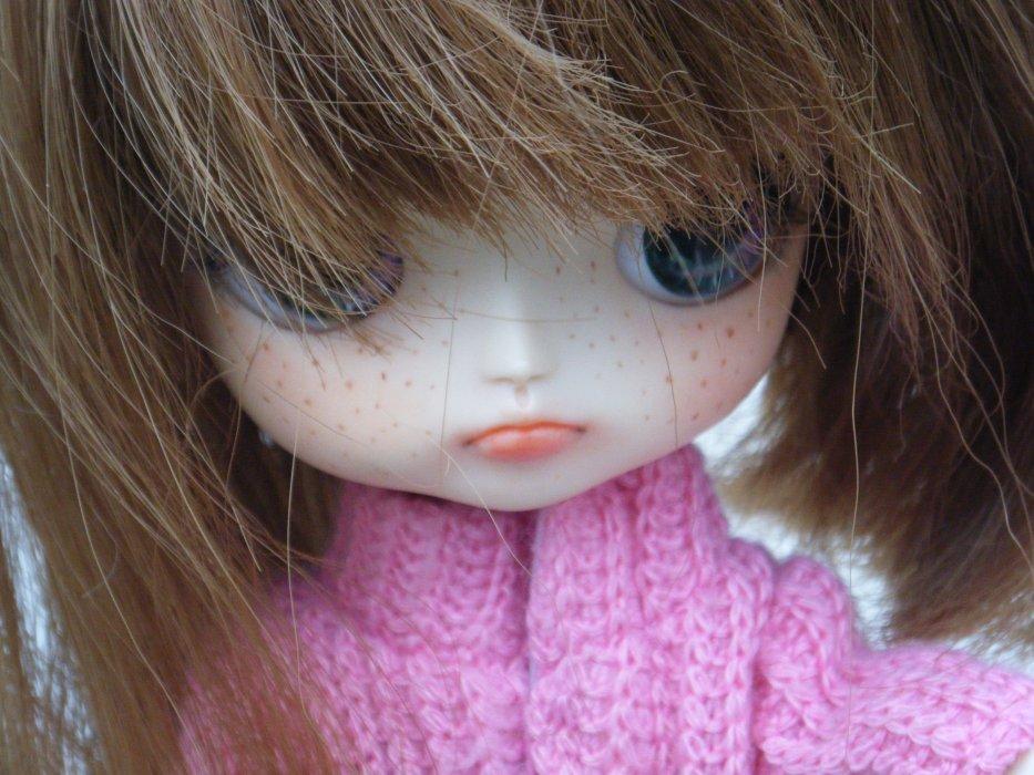 Les dolls sont si belles....si réalistes....(cela me donne envi d'écrire ou de chanter, tiens !)  ♥