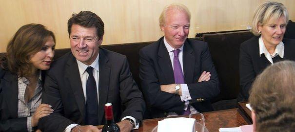 Pour Sarkozy, les partisans de Copé et de Fillon se réconcilient