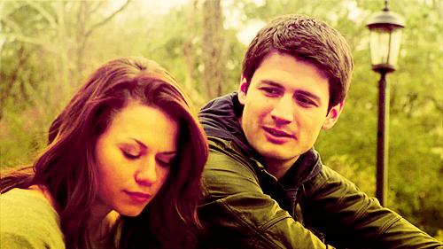 """"""" Elle est la, toujours la, je la ressens à chaque battements de mon coeur, comme un amour qui ne vous quitte jamais. Elle est toujours la.. """""""