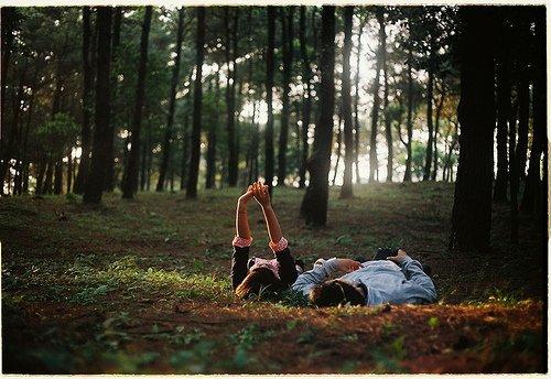 """""""Tu te souviens pourquoi on est tombé amoureux ? Tu te souviens pourquoi c'était si fort entre nous ? Parce que j'étais capable de voir en toi des choses que les autres ignoraient."""" Musso"""