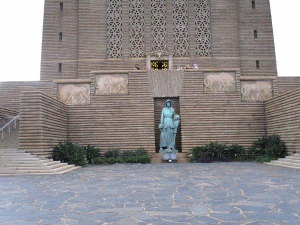 Jour 2 : 12 nov 2016 - Monument