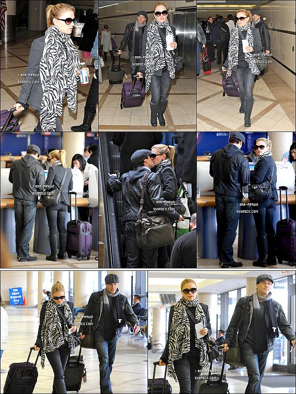 18/02/11 - Anna et Stephen ont été repérés à l'aéroport de LAX , la direction nous est inconnue.