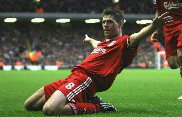 Steven Gerrard prend sa retraite sportive , bravo champion pour ta carrière