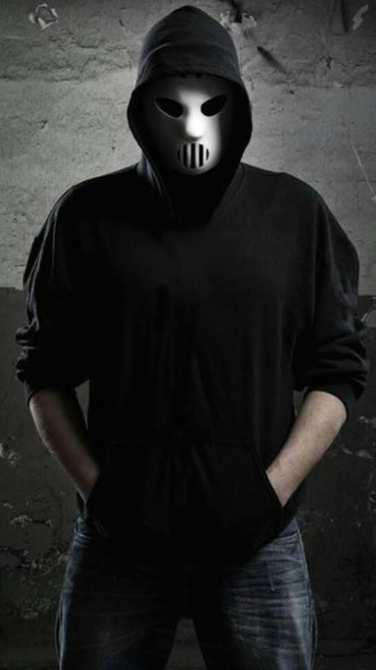 Tu ne ces jamais ce qui peu ce cacher sous un masque