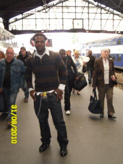 moi a la gare Saint Lazare