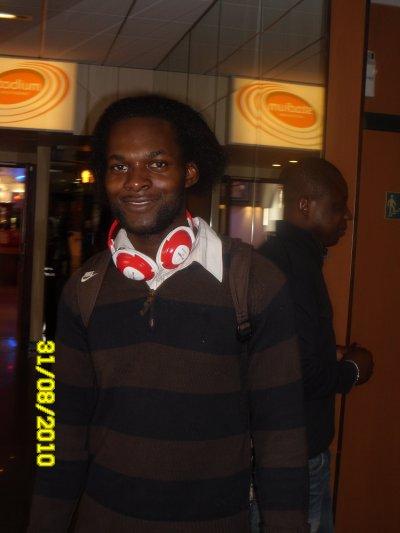 Moi a l'hotel Ibis dans le 17ème (Paris)