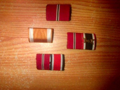 Rappel de médailles pour les uniformes.